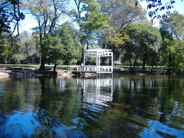 File:Parque Sarmiento.jpg