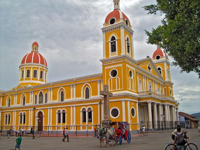 File:Catedral de Granada, Nicaragua.jpg
