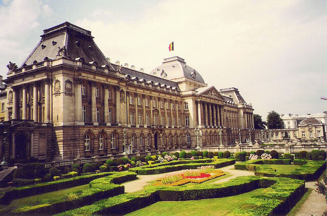 File:Palace of Brussels.jpg
