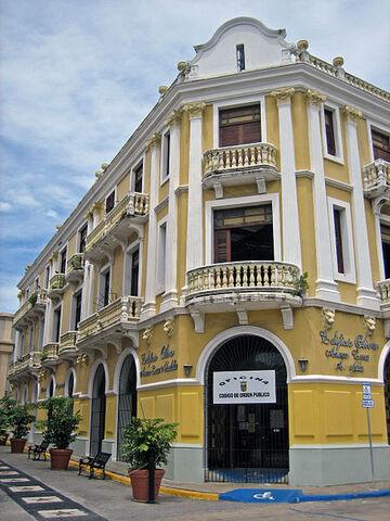 File:Edificio Oliver.jpg