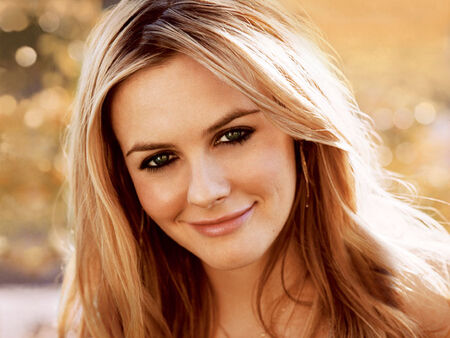 Alicia-silverstone-juice-beauty-2