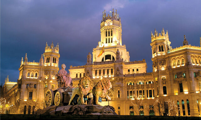 File:Plaza de cebelis madrid spain.jpg