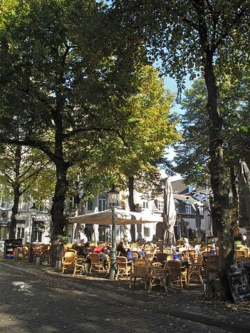 File:450px-Maastricht 659 (8325565556).jpg