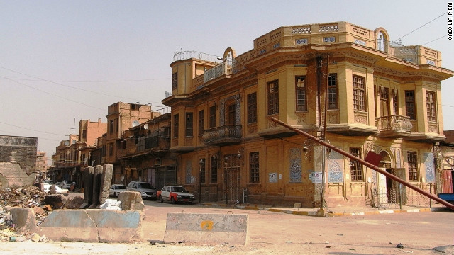 File:120228021601-baghdad-1930s-house-and-concrete-blocks-horizontal-gallery.jpg