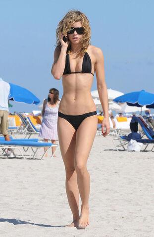 File:Candid bikini.jpg
