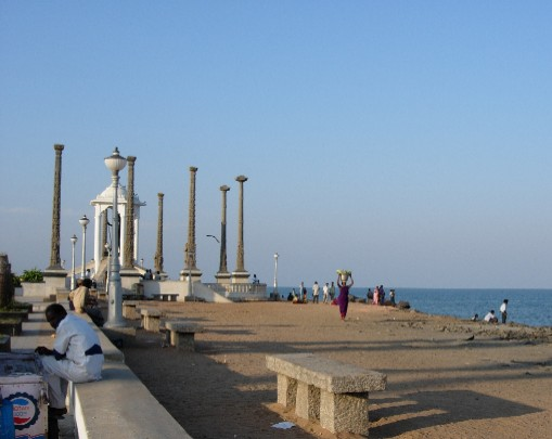 File:Pondicherry-beach-photos-13.jpg