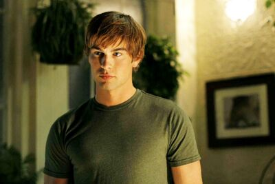 Chace Crawford 01