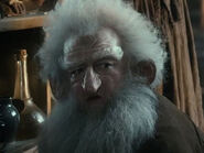Ken Stott as Balin DOS
