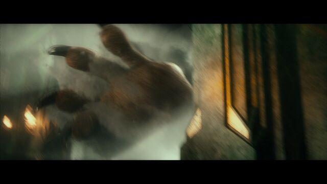 """File:Smaug's """"hand"""".jpg"""