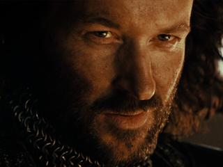 File:Hugo Weaving as Voice of Isildur.jpg