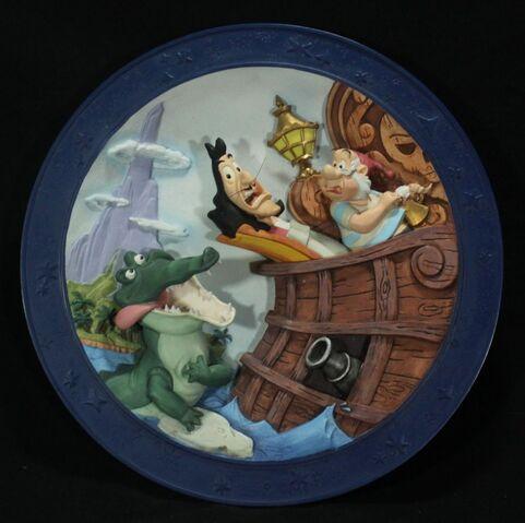 File:Peter Pan 3-D Plate It's The Croc!..jpg