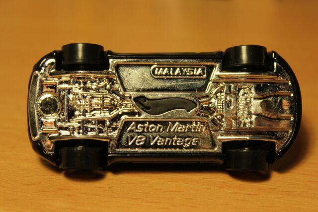 File:Aston Martin V8 Vantage 03.JPG