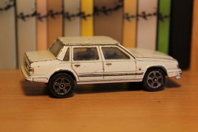 File:Volvo 740GL 02.JPG