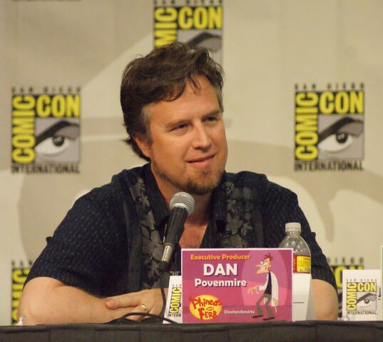 File:Dan Povenmire at Comic-Con 2009.jpg