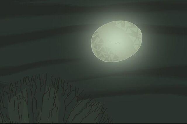File:Moon over Druelselstein.jpg
