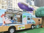 Phineas-Ferb-Platy-bus-