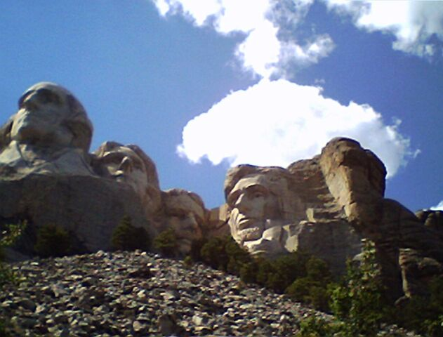 File:Mt Rushmore 2.jpg