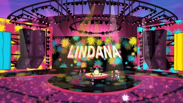 File:Lindana Concert.JPG