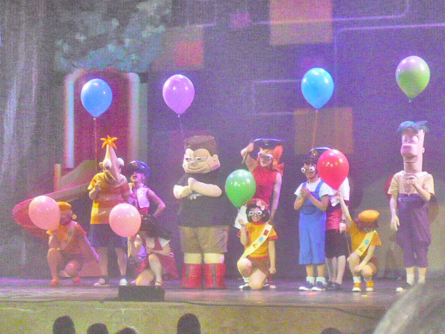 File:Phineas and ferb live 016.JPG