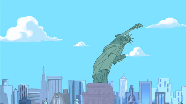 File:Caught on Statue of Liberty.jpg