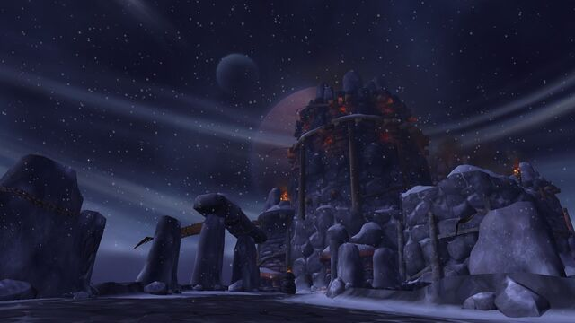 File:Bladespire Fortress - Frostfire Ridge - Draenor.jpg