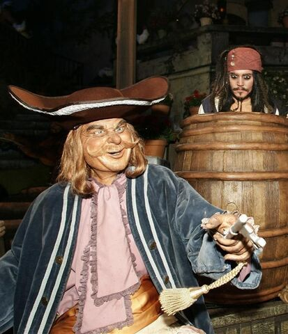File:Piratehiding jack.jpg