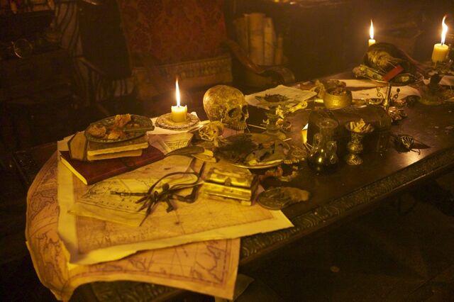 File:Blackbeard's cabin.jpg