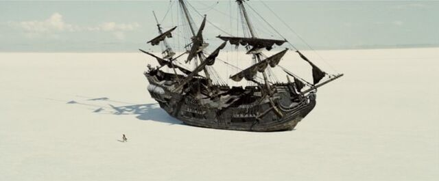 File:Black Pearl Locker Expanse.jpg