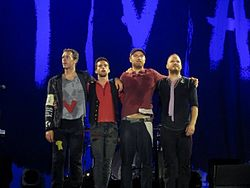 File:250px-Coldplay Viva La Vida Tour in Hannover August 25th 2009.jpg