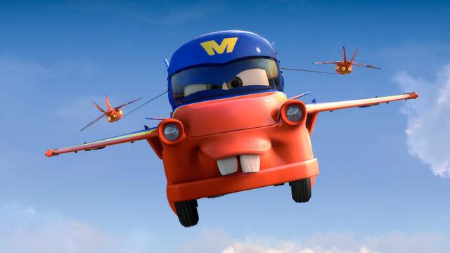 Fichier:Mater hawk show cars toon.jpg