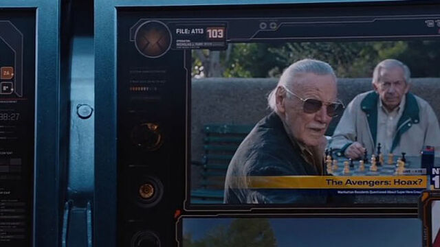 File:Funny-Stan-Lee-cameo-Avengers a113.jpg
