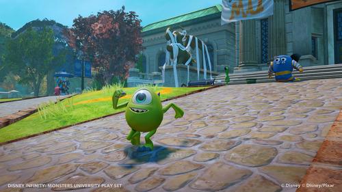 File:Monstersmike.jpg