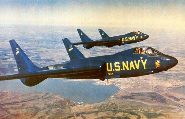 File:Chance-Vought-F7U-1-Cutlass.jpg