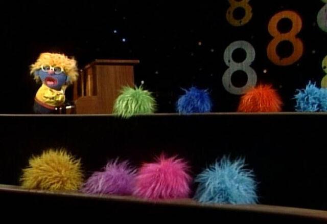 File:8 balls of fur.jpeg