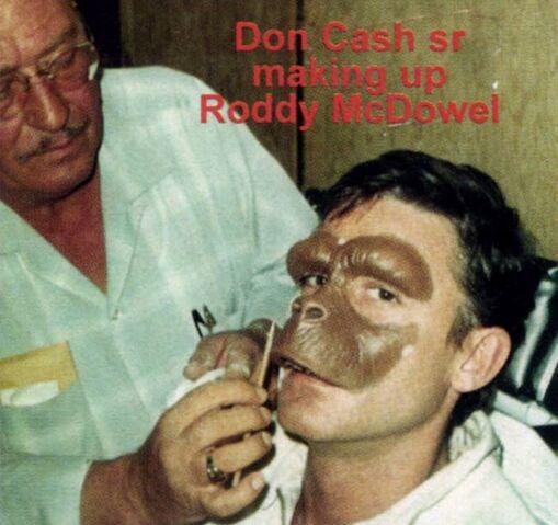 File:Roddy McDowall makeup1.jpg