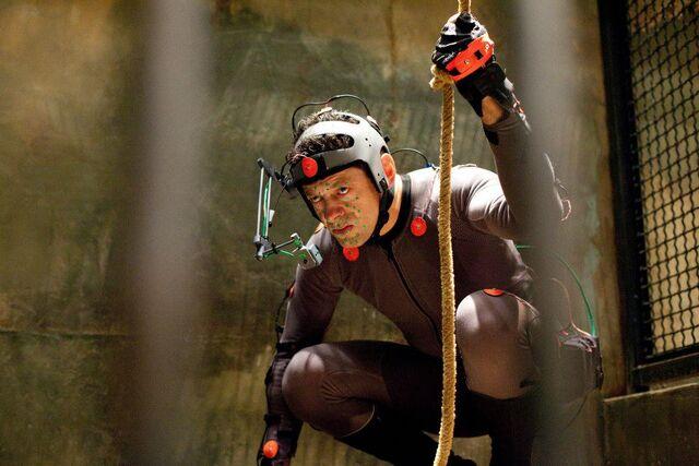File:Serkis in Cage.jpg