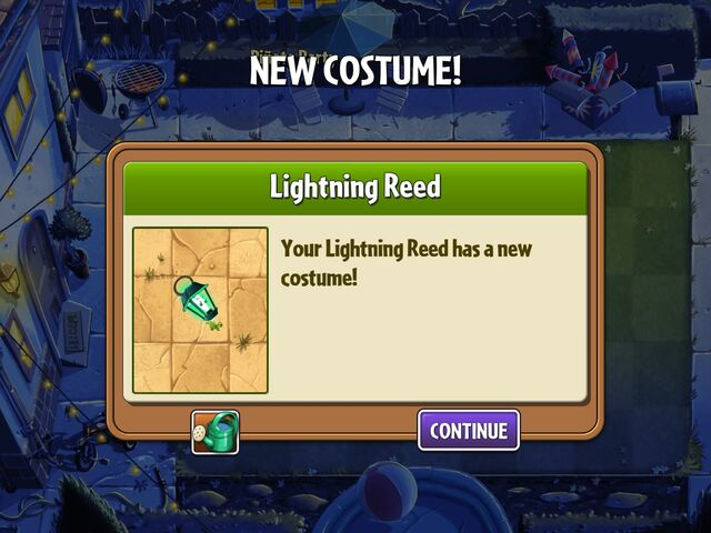 File:Getting Lightning Reed's Summer Costume.jpg