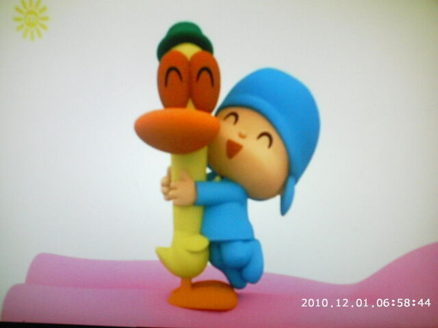 File:Pocoyo and pato hugging by porygon2z-d34rapt.jpg