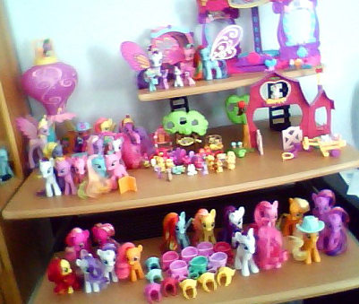 File:Pony collection.png