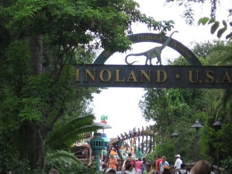 File:DinoLand U.S.A..jpg