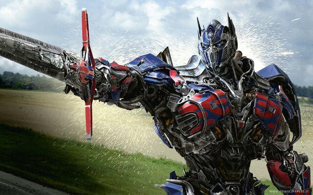 File:Optimus prime in transformers 4 age of extinction-wide.jpg