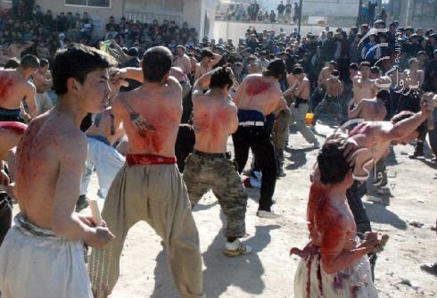 File:Afghan Shiites Self Flagellate.jpg