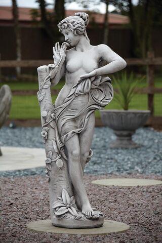 File:Annabel-Statue.jpg