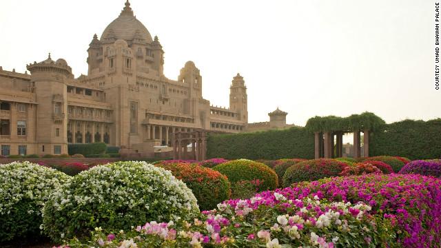 File:120117033450-umaid-bhawan-palace-exterior-horizontal-gallery.jpg