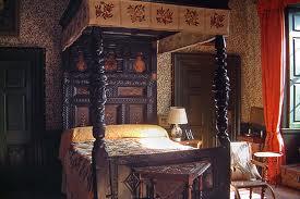 File:Bed 2.jpg