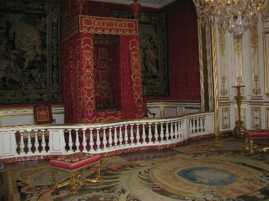 File:Chateau-de-chambord.jpg
