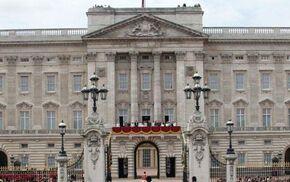 Buckingham-palace-f 998698c