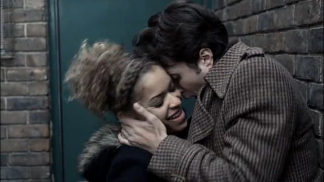 File:Elliot seducing Alisha.png