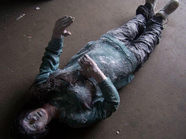 File:Frozen body 62.jpg