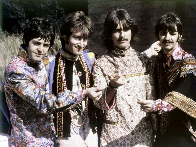 File:The-beatles-wallpaper-john-lennon-george-harrison-ringo-starr-paul-mccartney.jpg